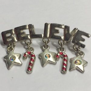 Jewelry - Silver Tone 'Believe' Christmas Pin